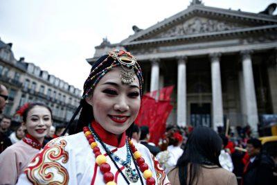 מורי דרך לדוברי השפה הסינית / אנגלית